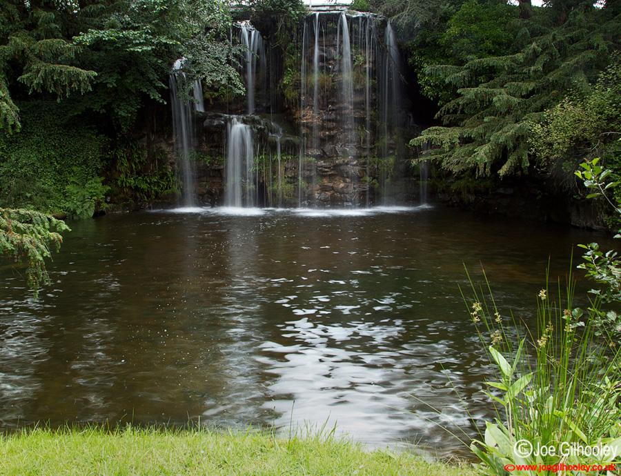 Joe gilhooley photography japanese water garden at stobo for Japanese water garden